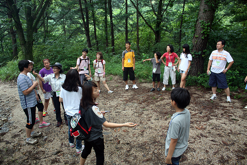 Phytoncide nut pine forest experience popular again this year이미지