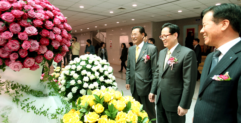 Rose varieties developed by Gyeonggi Province surpass 2 million units in exports이미지