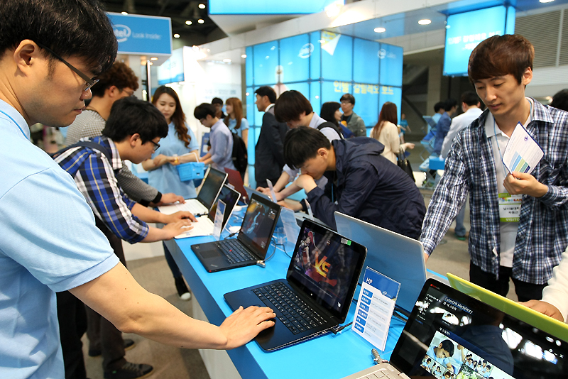 Gyeonggi Province accounts for 85% of sales and 71% of exports in game industry