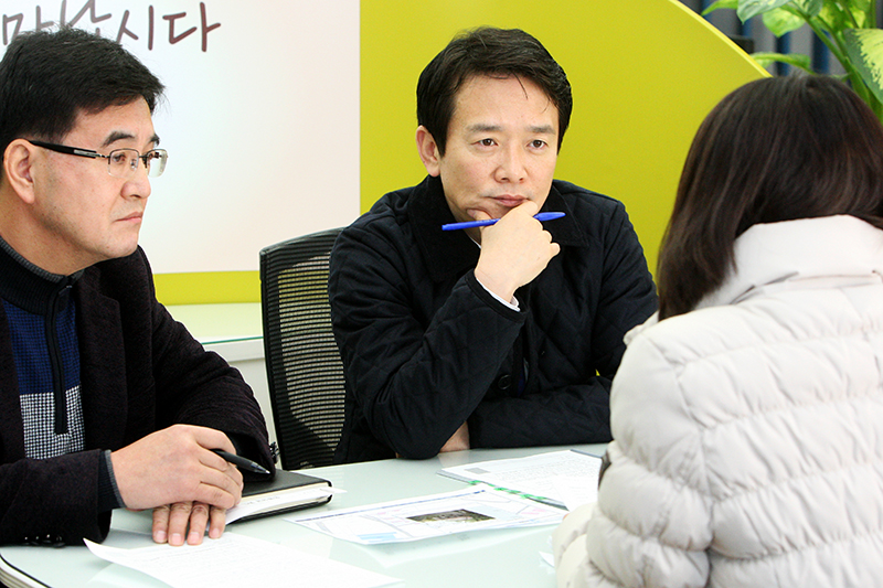 Governor Nam Kyung-Pil hears complaints from residents, continues his civic counseling efforts in 20이미지